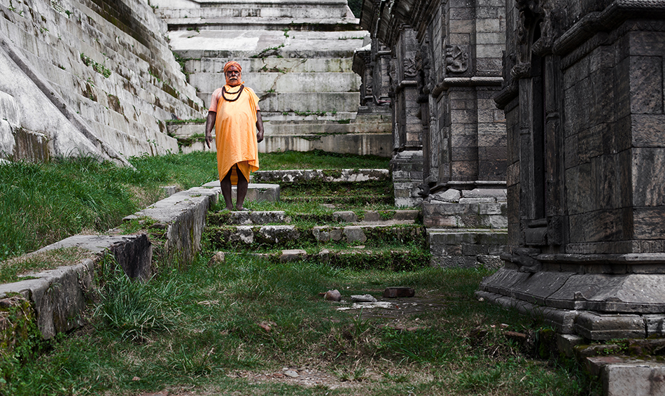 sadhou pres du temple_2048