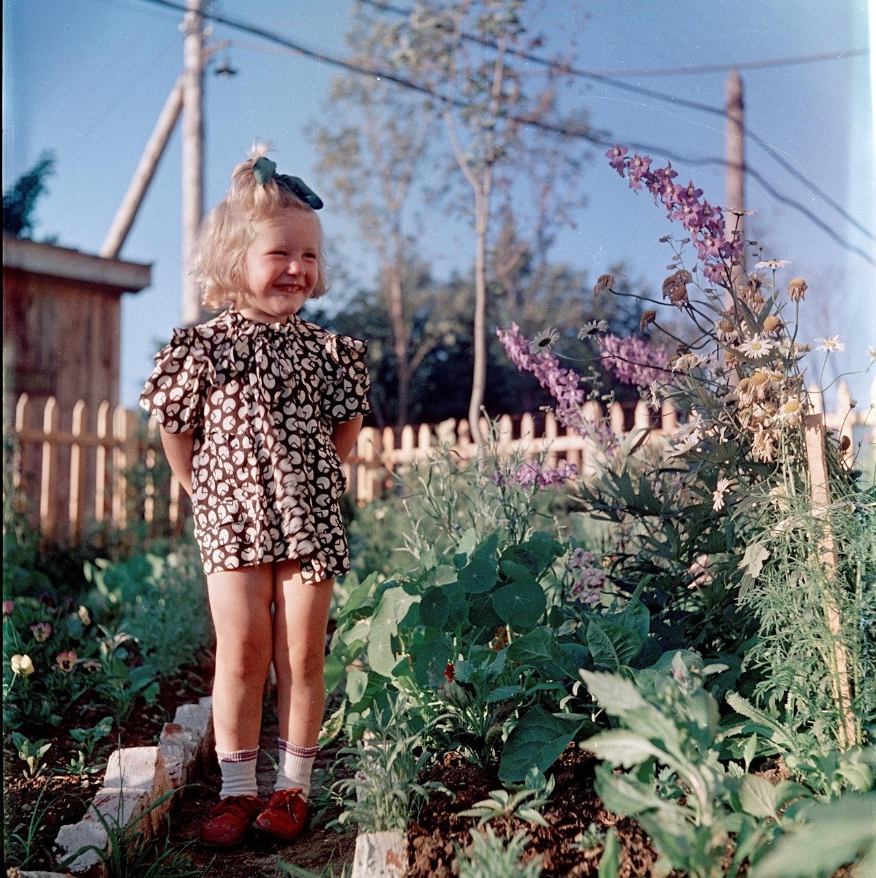 Девочка. Фотограф Семен Фридлянд